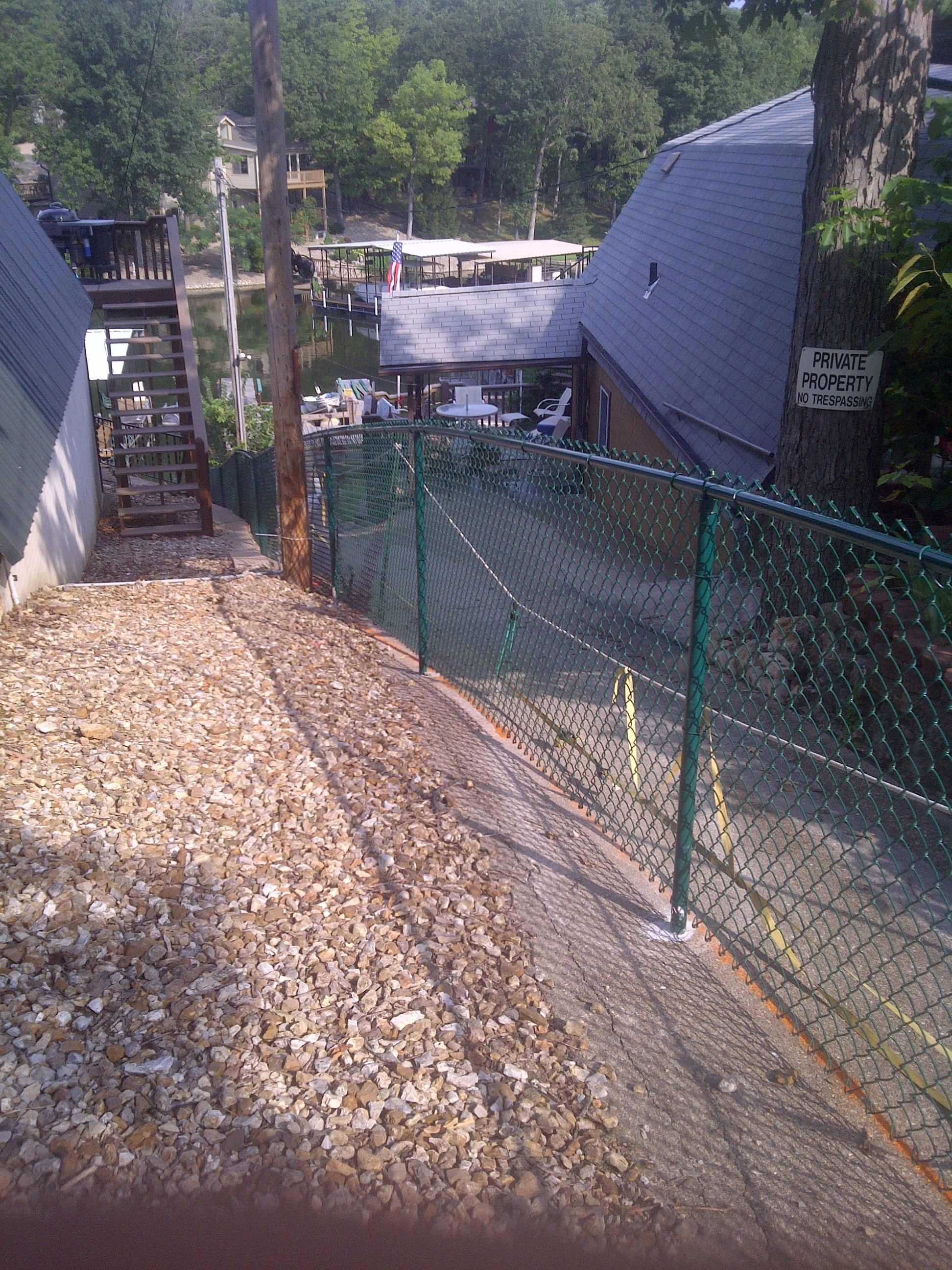 Vinyl coated chainlink fence fencing